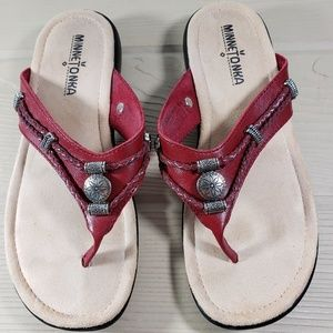 Minnetonka Women's Sandals Sz 6